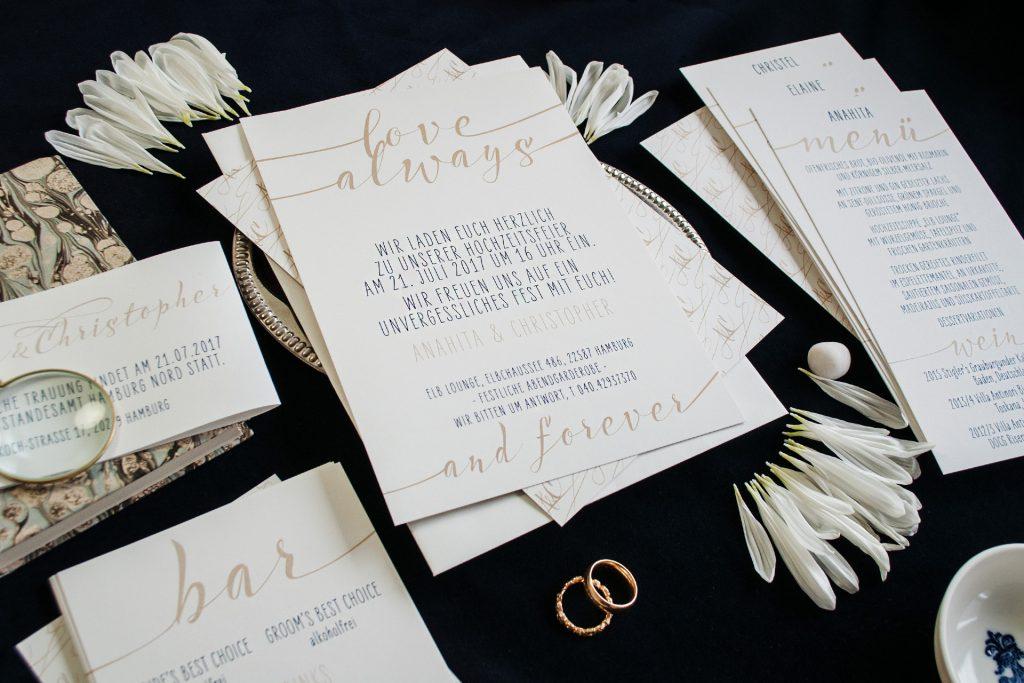 Endloses Love Einladungskarten von HONEYBIRD fine Letterpress Cards