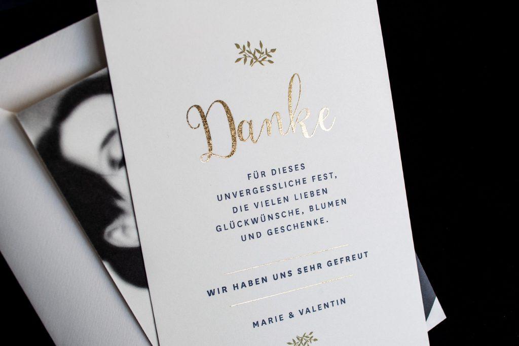 Einladungskarten mit Gold, Dankeskarte im Design Mulberry Gold von Honeybird.