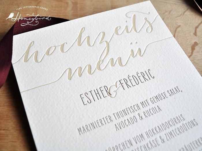 Hochzeitsmenü im Design Endless gedruckt im Letterpress.