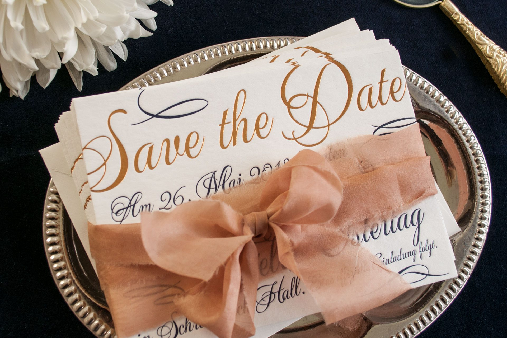 Loveletter Save-the-Date / Gold