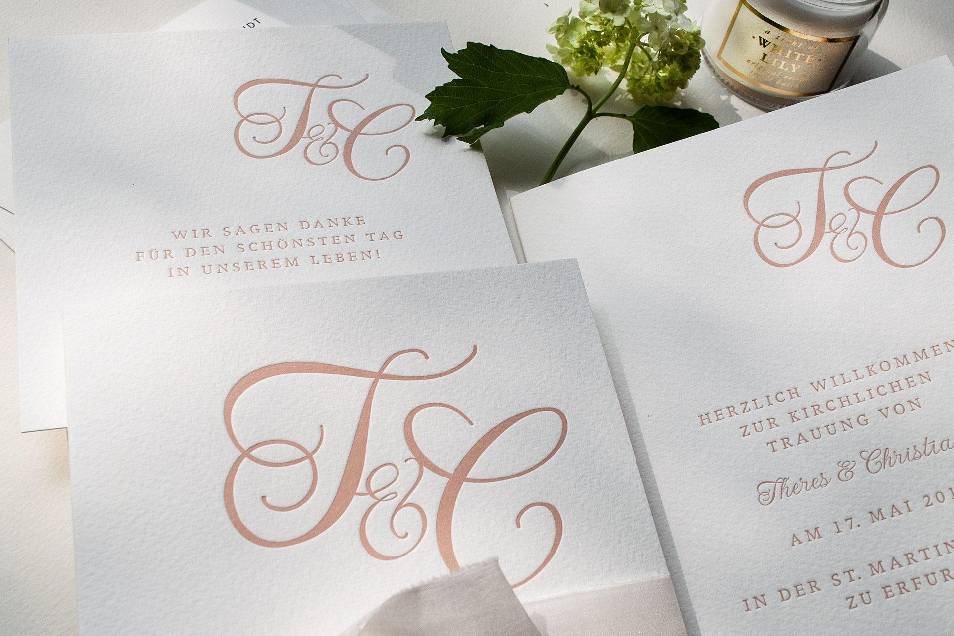 Monogramm im Letterpress für Hochzeitspapeterie