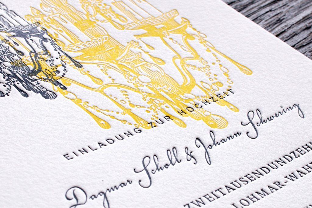 Einladungskarten zur Hochzeit im Schloss, Schlosshochzeit mit Kronleuchter und Lüster.